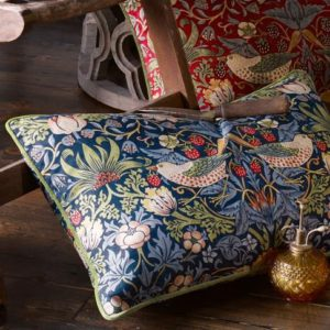 Strawberry Thief Indigo – Kuddfodral Av William Morris