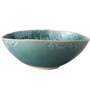 Stor Keramikskål I Färg Som För Tanken Till Havet En Sommardag